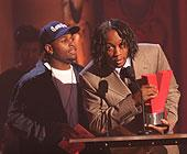 djquik vibe awards.jpg