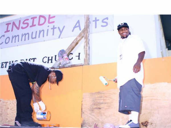 lil eazy painting boost mobile event.jpg